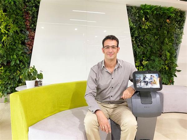 Temi创始人Gal Goren:打造拥有更完美用户体验的服务机器人